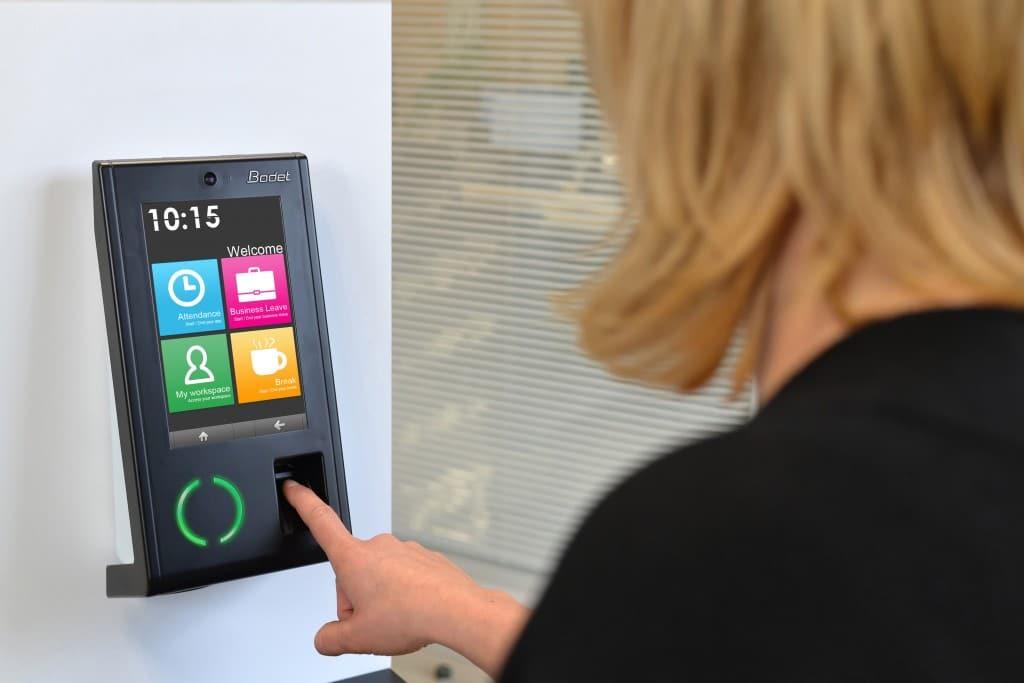 biometric time attendance system dubai, abu dhabi, uae